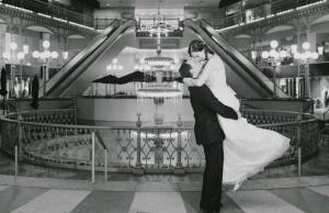 Jennifer&Evan - fountain.